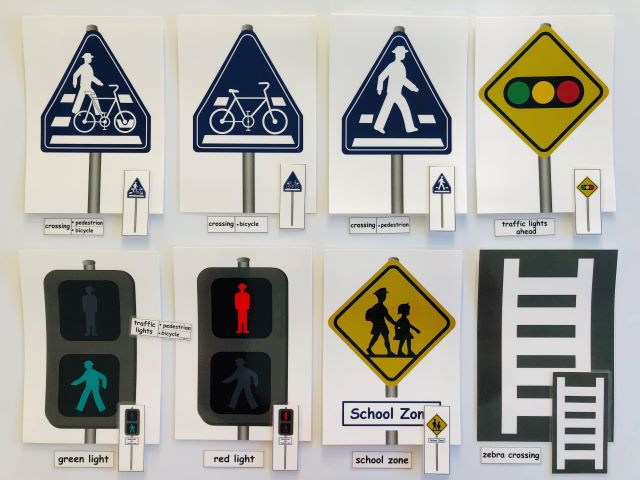pic cards_road sign_laminated
